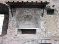 Random art on the way to the coliseum